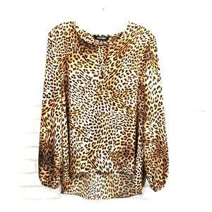 Ellen tracy animal print blouse size M